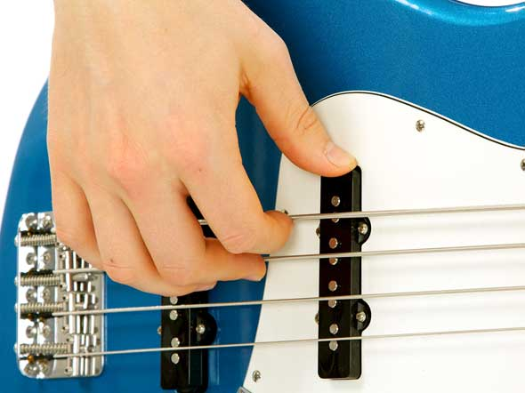 Bass Guitar Right Hand Rest Stroke pic. 2