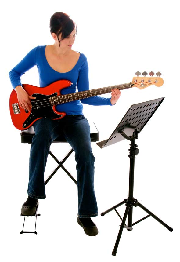 How to hold a bass guitar while sitting